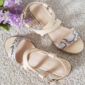 💥 TOPSHOP Heartbeat Sandals 💥